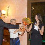 Omaggio floreale a Virginia Masoni conduttrice della serata